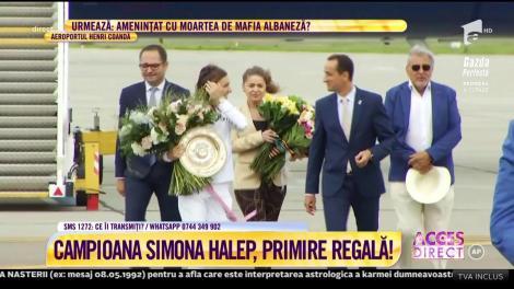 Video. Simona Halep, primire regală pe Aeroportul Internaţional Henri Coandă! Trofeul de la  Wimbledon a ajuns în România!
