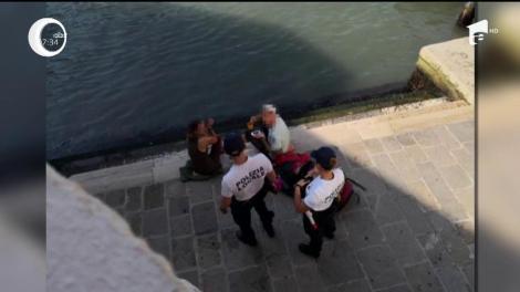 Doi turişti germani, amendaţi pentru că au gătit în public, la Veneţia