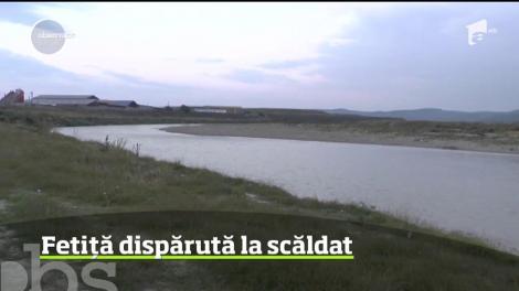 Tragedie în județul Neamț: O fetiță de opt ani s-a înecat în apele Moldovei, sub ochii mătușii ei! Nimeni n-a putut să o salveze