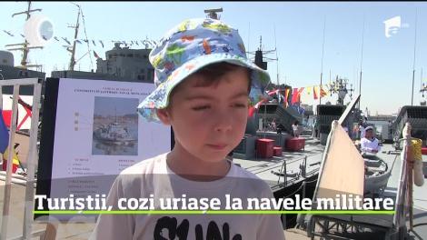 Portul militar din Constanţa, luat cu asalt de mii de turişti