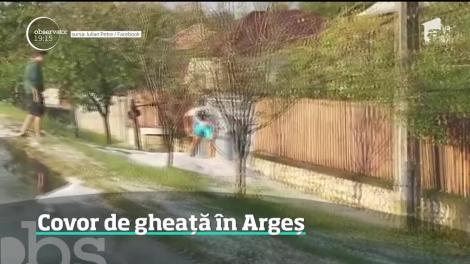 O ploaie cu gheaţă a făcut prăpăd în două localități din județul Argeş