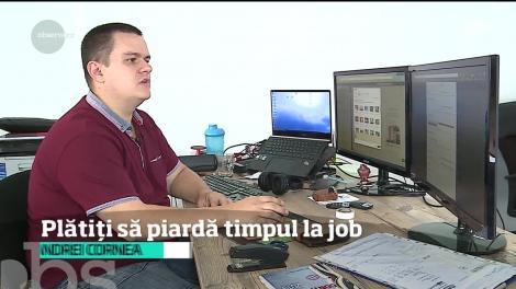 Angajaţii români pierd două ore zilnic la cafea, în discuţii cu colegii sau pe siteuri de socializare