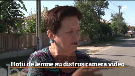 Hoții de lemne din Dâmboviţa au distrus camerele de supraveghere din localitate