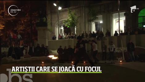 Spectacol incendiar în Timişoara. Zeci de artişti s-au jucat cu focul