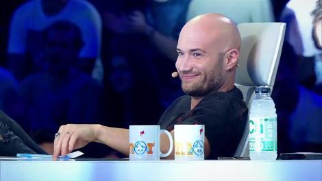 """Cosmin Seleși i-a luat roast pe jurații iUmor! """"N-o să fiu deloc amuzant. Sunt foarte emoționat"""""""