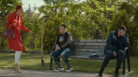 """Secretara Flori sapă după bani şi îi dă o lecţie poliţistului Sică! """"Băi, dacă vă dau una, muriți. Cu dreapta mi-e și frică să încerc"""""""