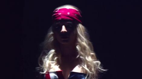 Special guests la Te cunosc de undeva! Raluka şi Ana Baniciu se transformă în Lady Gaga feat. Beyonce - Telephone