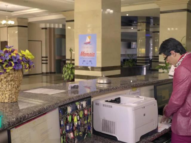 Antitalent  - Cum se negociază o cameră la un hotel din Mamaia