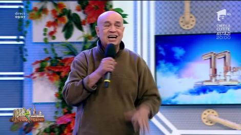 "Benone Sinulescu cântă, la Neatza cu Răzvan și Dani, melodia ""Hai lic, lic"""