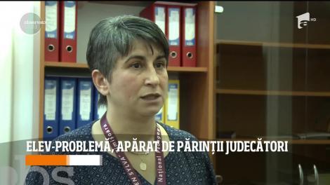 Scandal în Timișoara! Un elev-problemă nu poate fi sancționat pentru care are părinții judecători