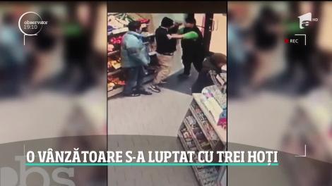 Scene uluitoare într-un magazin din Timişoara. Vânzătoarea s-a luptat cu trei hoți și l-a bătut pe unul dintre ei. Totul a fost filmat!