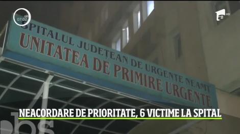 Accident grav într-o intersecţie din comuna Girov, judeţul Neamţ! Un tânăr de 21 de ani nu a acordat prioritate, iar șase victime au ajuns la spital