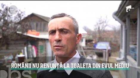 De ziua mondială a toaletei, România ocupă locul întâi cu cele mai multe locuinţe cu toaletă în afara casei