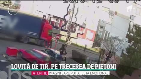 O femeie din Suceava a fost lovită de TIR, pe trecerea de pietoni