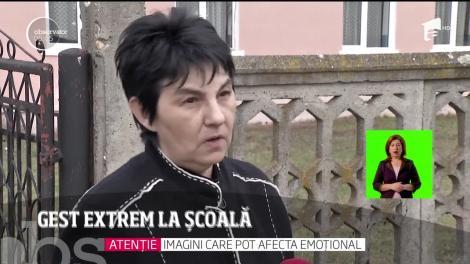Gest extrem la școală din județul Cluj. O elevă de clasa a-V-a s-a aruncat pe geam de la etajul unu