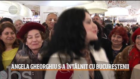 Angela Gheorghiu a organizat o sesiune de autografe, odată cu lansarea albumului Plaisir d Amour