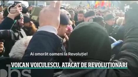 Violenţe în Piaţa Univesităţii, la 30 de ani de la izbucnirea Revoluţiei în Bucureşti. Gelu Voican Voiculescu a fost lovit până la sânge!