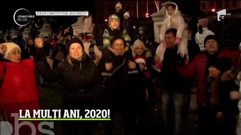 Omenirea intră într-un nou an. La mulți ani, 2020!
