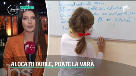 Copiii mai aşteaptă alocaţiile dublate, chiar dacă preşedintele Klaus Iohannis a anunţat că nu va respinge legea