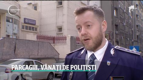Poliţiştii nu au leac pentru afacerile din stradă. Oricâte amenzi ar primi, cei care se cred stăpâni peste parcări se reîntorc la treabă