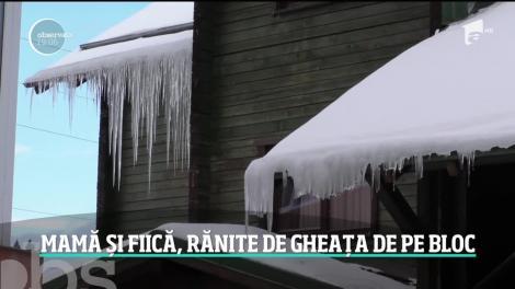 O bucată mare de zapadă îngheţată s-a rupt de pe acoperişul unui bloc din Predeal şi a căzut peste un copil şi o femeie