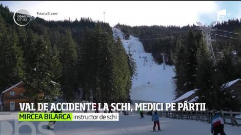 Odată cu încălzirea vremii, au apărut şi accidentele pe pârtii. În Poiana Braşov, o staţiune aglomerată în sezonul de iarnă, salvatorii nu au avut timp să respire