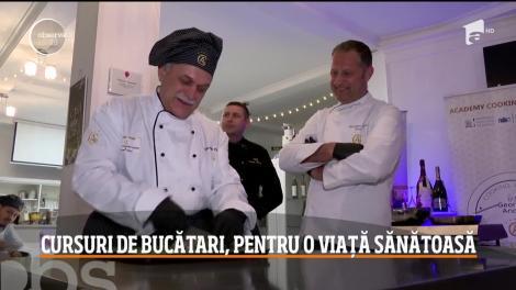 Din ce în ce mai mulţi români merg la cursuri de gătit. Primele reguli pe care le învaţă