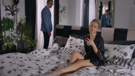 """Lili l-a și uitat pe Andrei! Blonda a trăit clipe de pasiune cu amantul ei secret...Robert! """"Dacă vrei, divorțez și mă căsătoresc cu tine"""""""