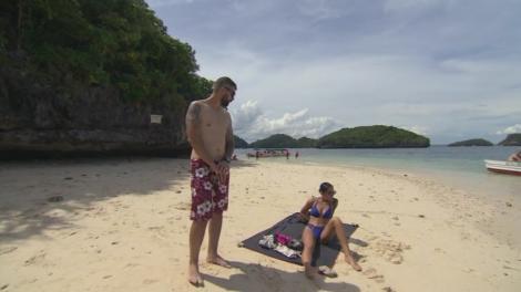 Asia Express. Speak și iubita lui, Ștefania, răsfăț pe plajă: Am obosit să fac... nimic