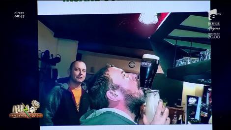 Smiley news. Un irlandez bea bere fără să se ajute de mâini