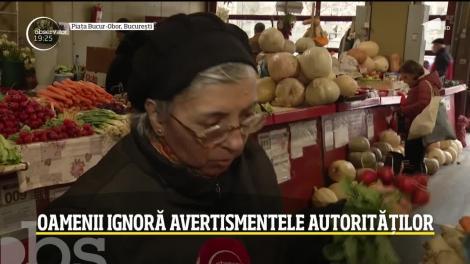 Bucureștenii ignoră avertismentele autorităților! Piaţa Bucur-Obor a fost la fel de populată că în orice alt weekend