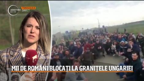 """""""Vream acasă! Vream acasă! Rușine!"""". Imagini înfiorătoare! Cum au fost filmați cei 3.500 de români blocați la granița Ungariei, în drum spre România! Prin ce calvar vor trece – VIDEO"""