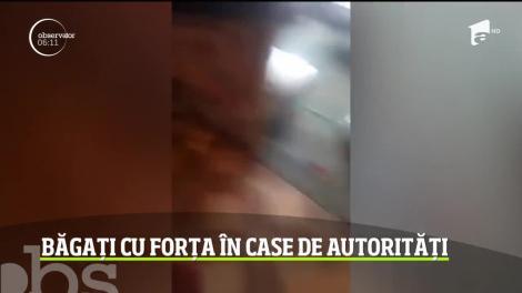 """""""150 de jandarmi au venit înarmaţi. Cu cagule, ca în filme!"""". Locuitori din Baia Mare, băgați cu forța în case de autorități! Scandal, cu scaune aruncate! VIDEO"""