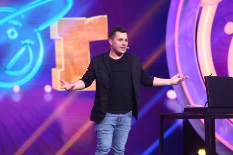 Andrei Vărvăroi, concurentul care nu a fost difuzat la TV în celelalte sezoane, vine cu un număr de magie la iUmor: Ți-ai dat pantalonii jos și am văzut că obiectul era acolo unde trebuie?