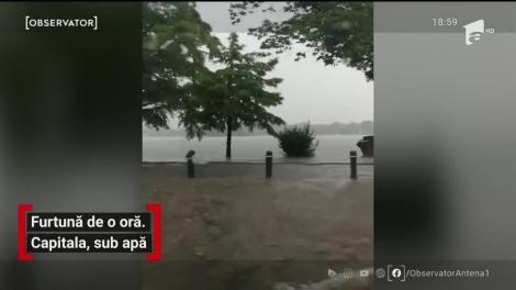 O furtună violentă a răvăşit Bucureştiul! Apa a ajuns la aproape un metru