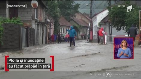 Ploile și inundațiile au făcut prăpăd în țară