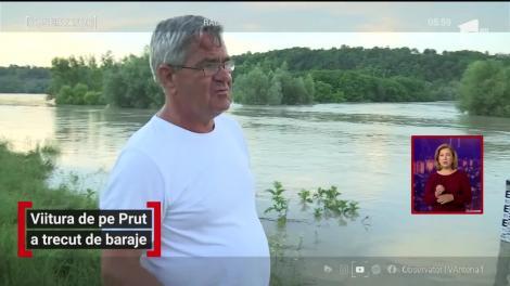 Viitura de pe Prut a trecut de baraje