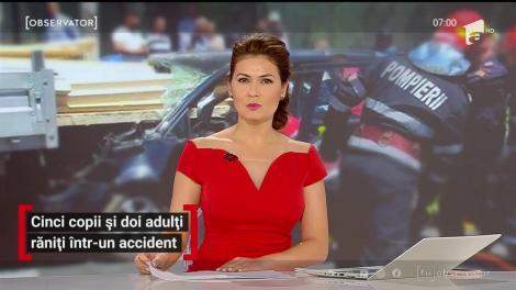 Doi adulţi şi cinci copii au fost răniţi în urma unui accident grav, pe o şosea din Hunedoara