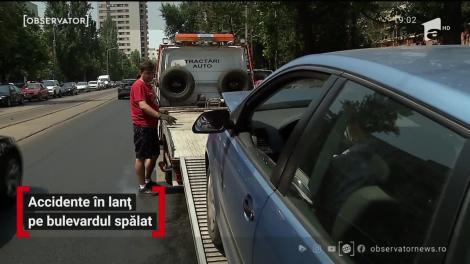 În toiul verii, o stradă din Bucureşti s-a transformat în patinoar. Au fost accidente în lanţ: carambol de maşini, biciclişti şi motociclişti răniţi