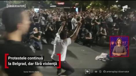 Protestele continuă la Belgrad, dar fără violență