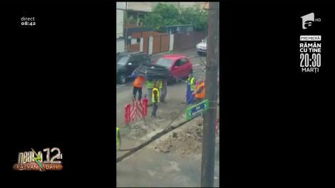 Smiley News: Muncitorii și cablu vs. biserica fortificată ocupată de vaci