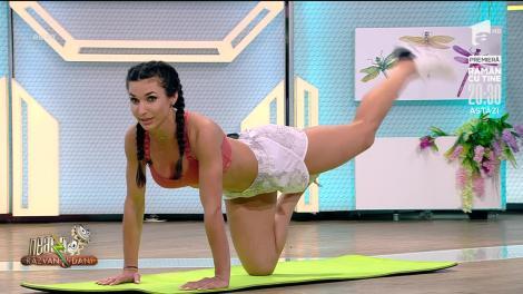 Fitness cu Diana Stejereanu! Antrenament la saltea pentru coapse și fesieri