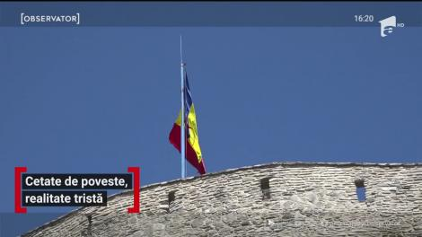 Cetatea Devei, o mare dezamăgire! Una dintre incinte este în paragină