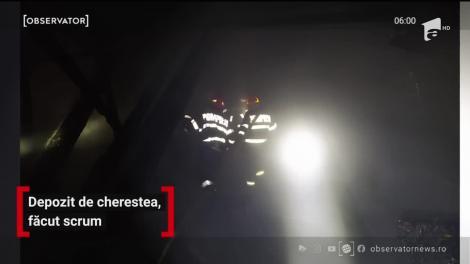 Mobilizare de forţe în Bistriţa Năsăud, un depozit de cherestea a luat foc!