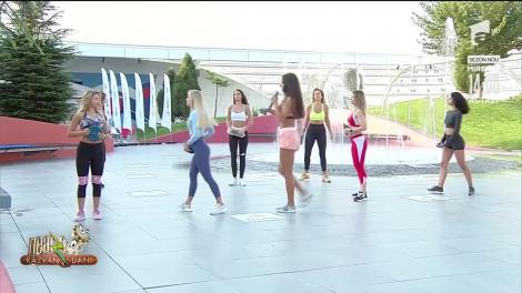Imagini Interzise cardiacilor! Exerciții pentru brațe, talie și fesieri cu Diana Stejereanu