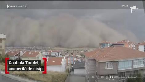 Scene apocaliptice în capitala Turciei. o furtună de nisip a înghiţit Ankara