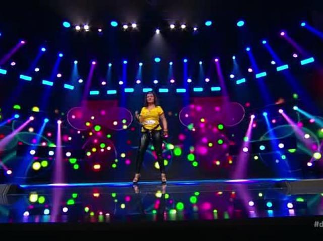 Carmen Belenesi cântă piesa Pasiune maximă, compoziție proprie, la X Factor