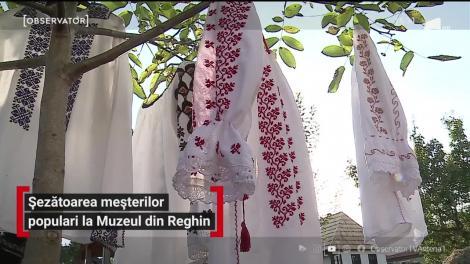 Șezătoarea meșterilor populari la Muzeul Etnografic din Reghin