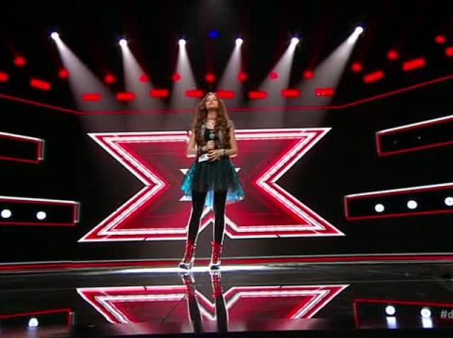 Iulia Perpelea, a cucerit juriul X Factor cu yodelingul ei perfect. Jurații s-au bucurat de fiecare secundă a prestației sale