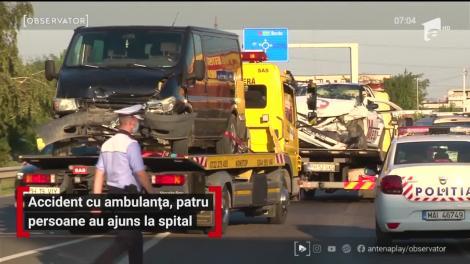 Accident cu ambulanța în Ploieşti, patru persoane au ajuns la spital